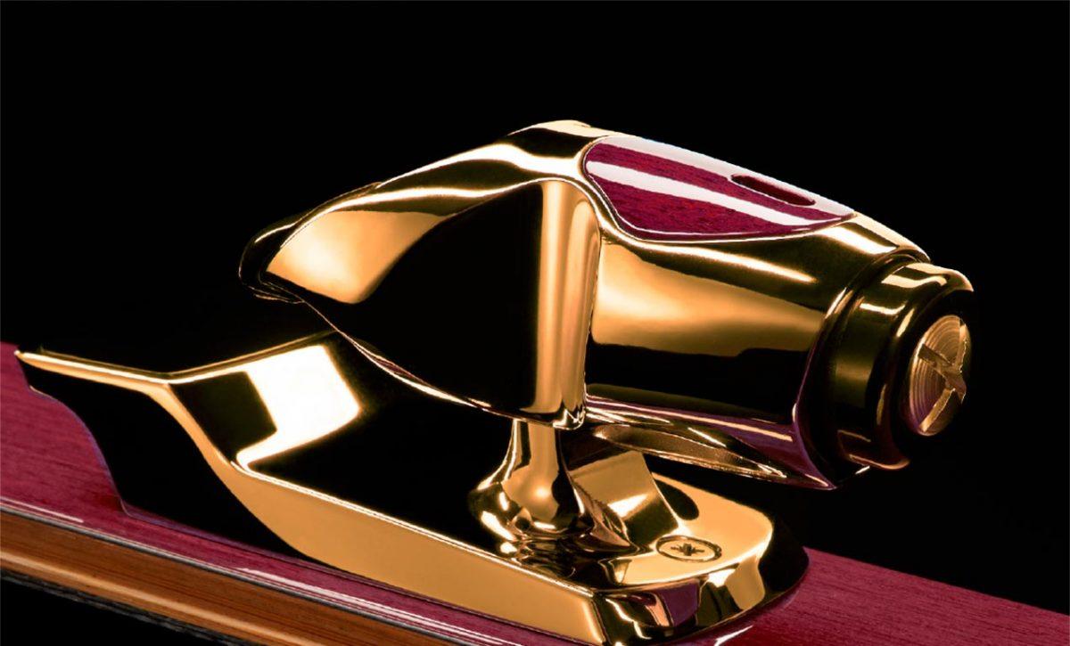 #BBSkiingSeason Jackie Chan 14-Karat Gold Limited Edition Snow Foil Skis